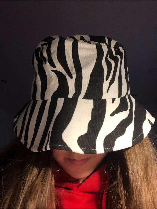Bucket hat estampado de cebra