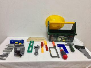 Caja de herramientas con casco