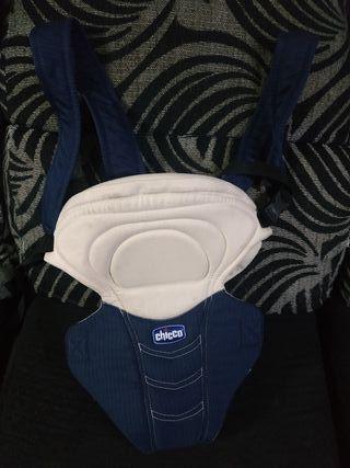 mochila portabebé Chicco