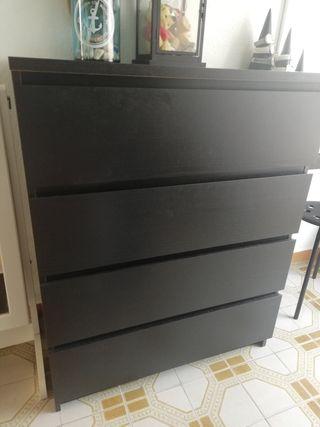 Cómoda Malm de 4 Cajones Ikea 50€