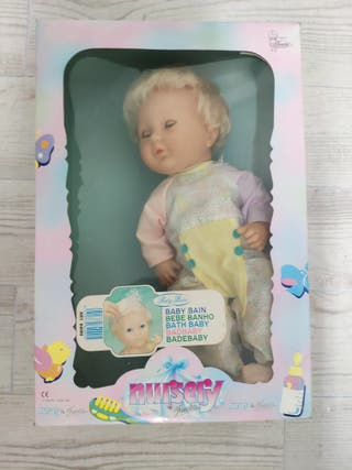muñeca antigua Nursery famosa