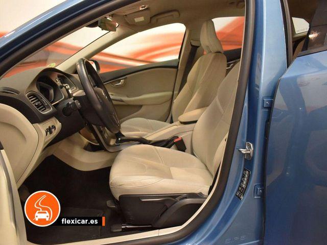 Volvo V40 2.0 D2 Momentum Auto