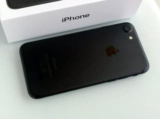 iPhone 7 128Gb Negro