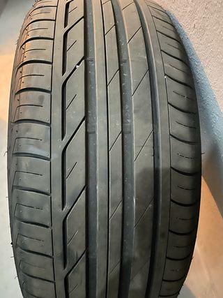 Neumático Bridgestone 225/50R18 99W