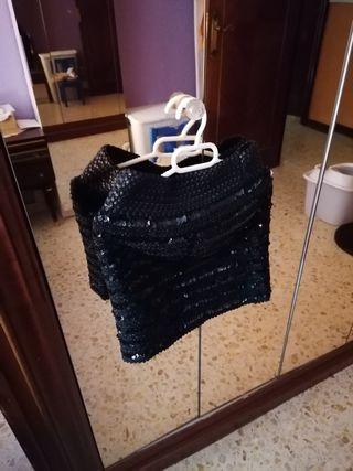 Falda negra de fiesta
