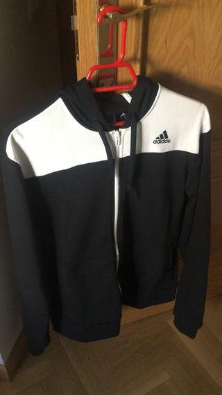 Chaqueta Adidas negra y blanca larga