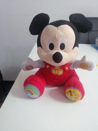 peluche interactivo mickey mouse