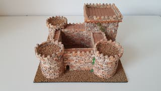 Castillo de ladrillos miniatura
