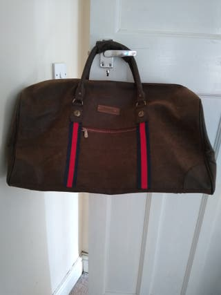 Very good condition like new travel bag