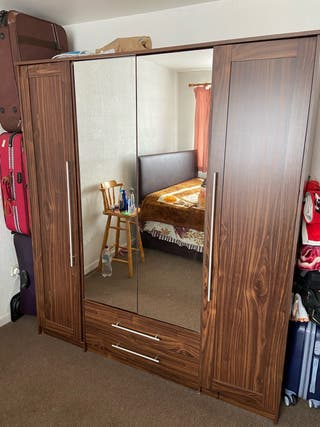 Four Door Two Drawers Mirror Wardrobe