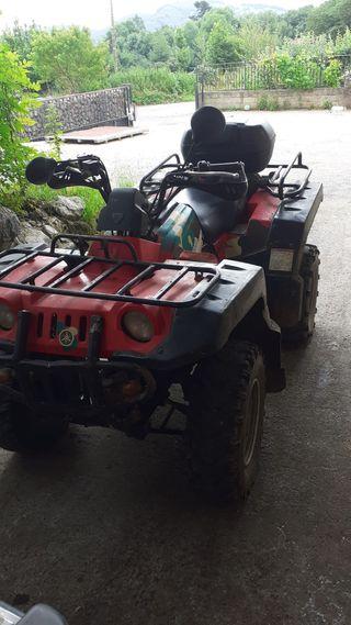 Quad Yamaha 600