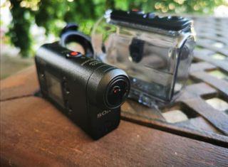 Cámara de vídeo Sony HDR-AS50 con WiFi negra.