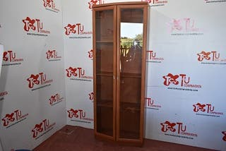 Mueble vitrina madera cristal 2 puertas 3 baldas