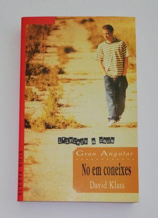 Libro Literatura juvenil. No em coneixes.