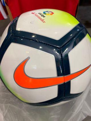Balón fútbol NIKE liga SIN ESTRENAR