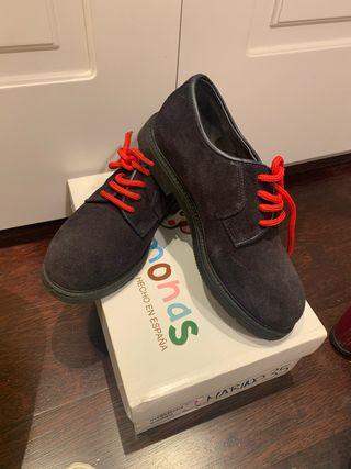 Zapato blúcher serraje pisamonas