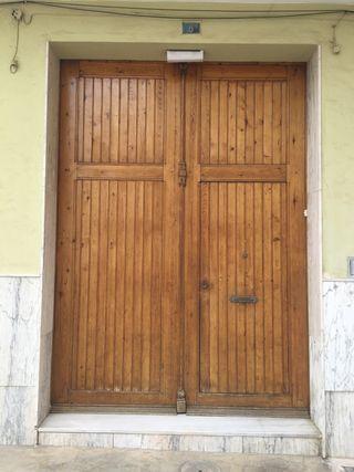 Puerta antigua madera