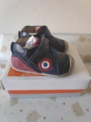 zapatos biomecanics talla 20 azul