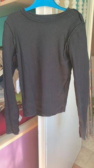 Camiseta de volante en mangas de zara