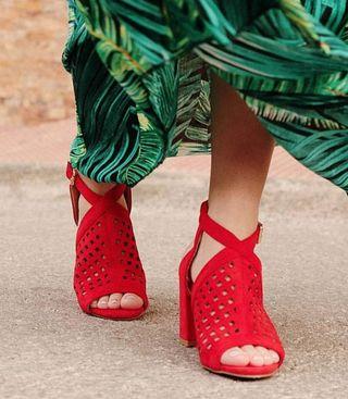 Sandalia tacón roja nueva