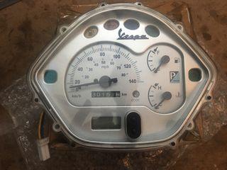 Tablero cuentakilómetros vesp GTS