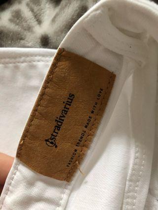 Jeans vaqueros blancos STRADIVARIUS