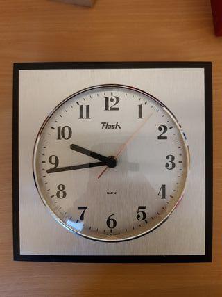 reloj de pared/ horloge murale