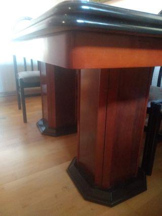 mesa de salón altísima calidad ..se abre