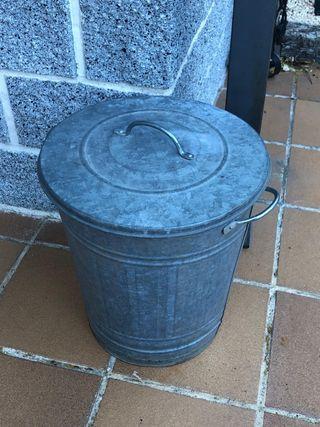 Papelera cubo zinc jardin
