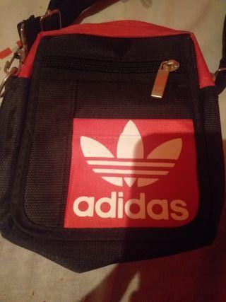 bandolera Adidas