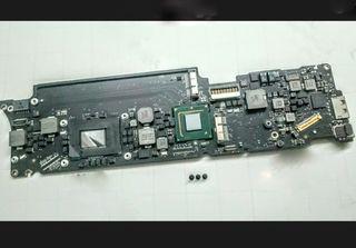Apple Mid 2011 macbook air 11 (leer)