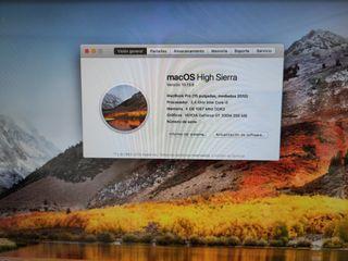"""MacBook pro 15"""" mid 2010 4GB Ram SSD 240GB"""