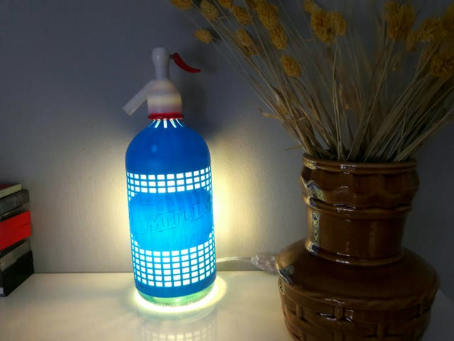 lampara sifon vintage azul luz ambiente