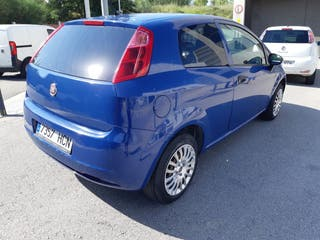 Fiat Grande Punto Van 2012