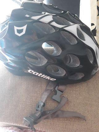 casco catlike