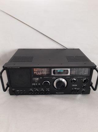 Panasonic RF-4900 DR49 Radio/Transistor