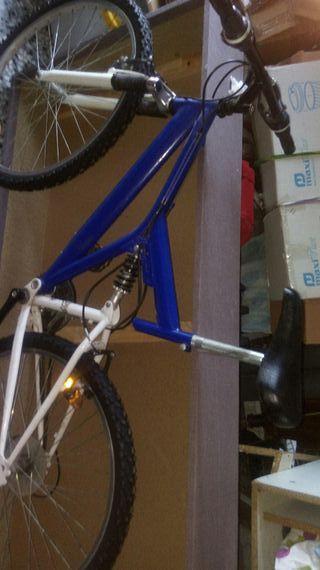 bicicleta del 26 :7 piños suspension regulable