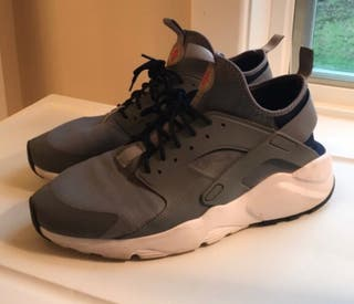 NIKE AIR HUARACHE ULTRA T:(46)
