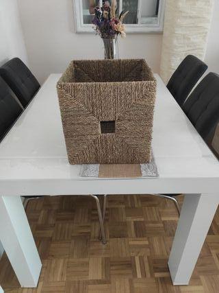 cesta de mimbre Ikea