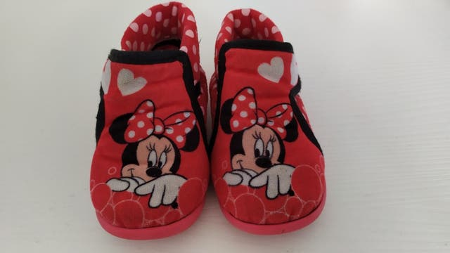 Zapatillas Minie talla 22