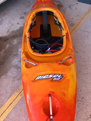 Kayak wavesport Diesel 60. Aguas bravas