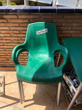 Mesa y sillas SAN Miguel