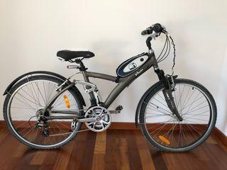 Dos bicicletas btwin