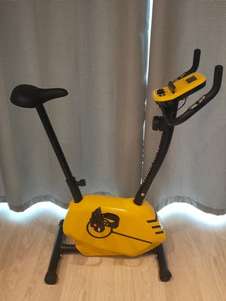 Exercise bike, almost new
