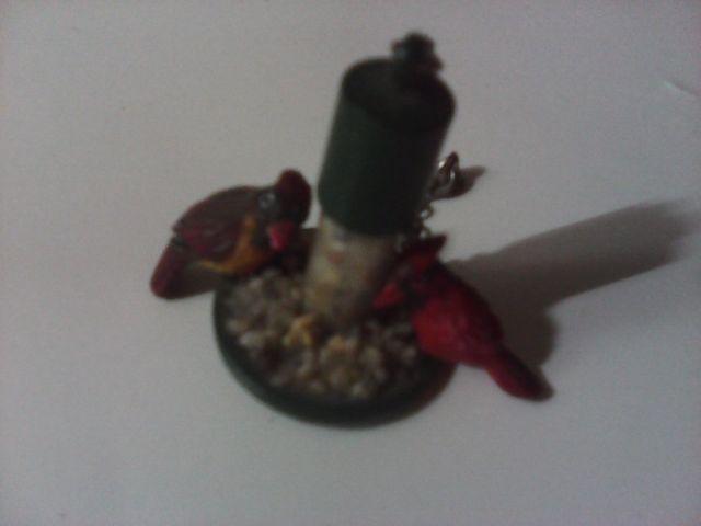 precioso comedero pajaros miniatura muy detallado