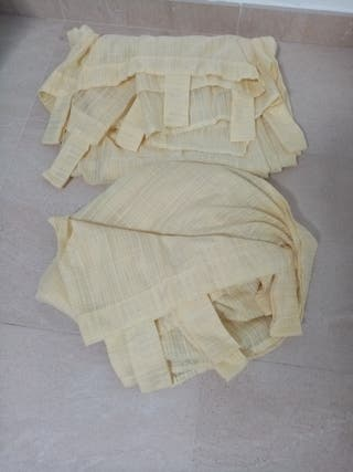 CORTINAS(2 piezas) color vainilla (amarillo claro)
