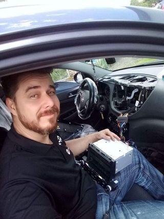 Tecnico en Car Audio y seguridad para coches