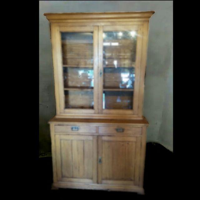 mueble antiguo alacena