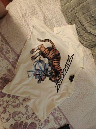camiseta crop top tekken