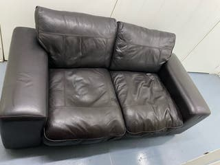 DOUBLE BROWN LEATHER COUCH